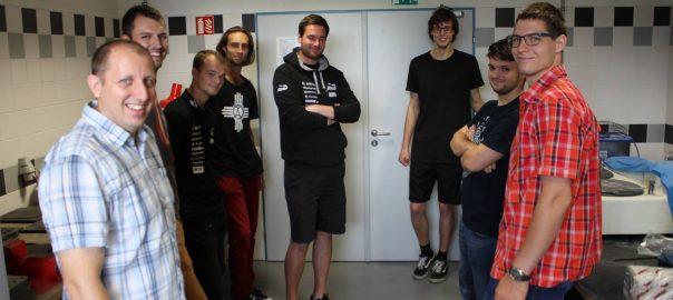 Studentské týmy FSI ve strojLABu