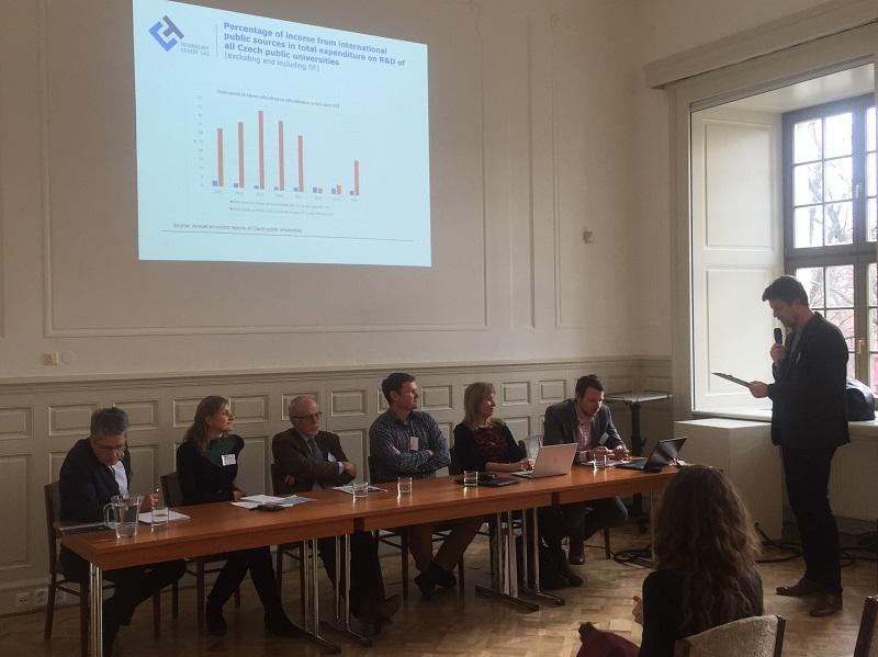 Panelová diskuze na Symposiu iNETME